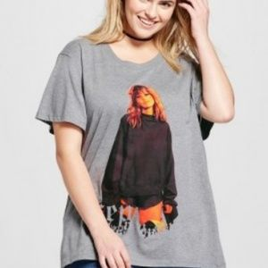 NEW Taylor Swift Plus Size Gray Graphic T-Shirt